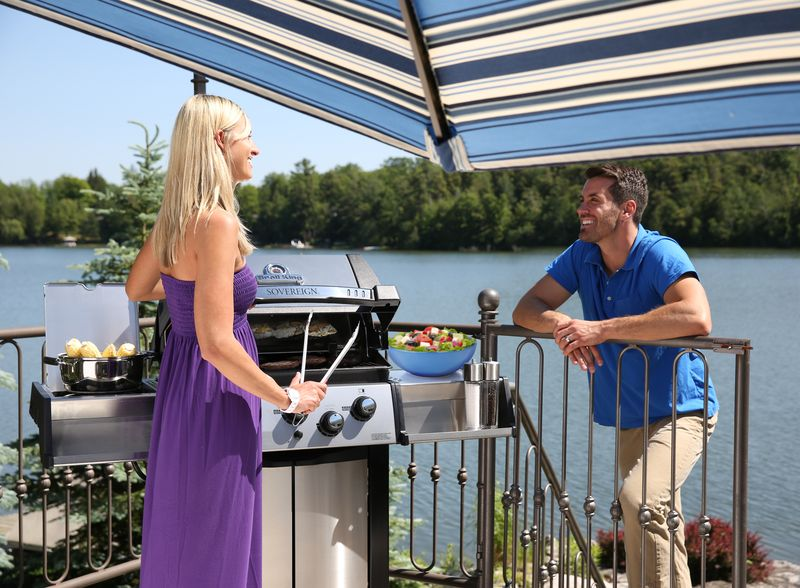 broil king grill sovereign 90 nad jeziorem
